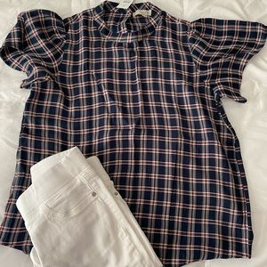Short sleeve navy blouse with red and white